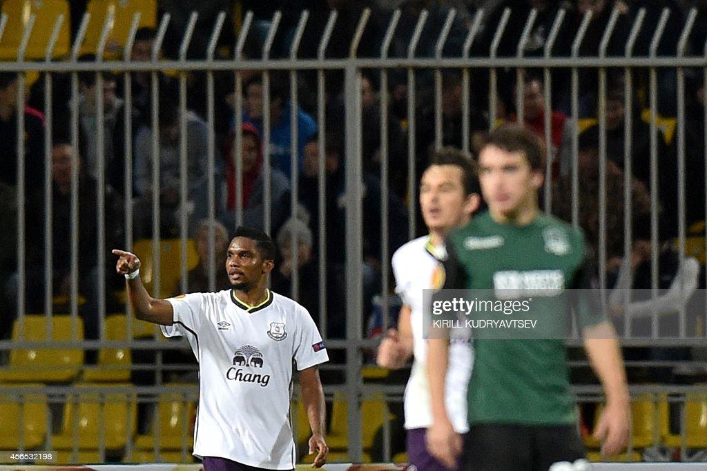 Everton's Cameroonian forward Samuel Eto'o (L) celebrates after scoring a goal during the UEFA Europe League group H football match between Krasnodar and Everton in Krasnodar on October 2, 2014.