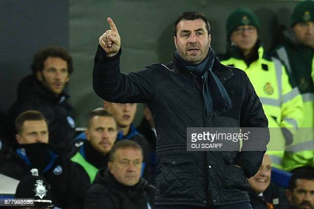 Everton's caretaker manager David Unsworth gestures during the UEFA Europa League Group E football match between Everton and Atalanta at Goodison...