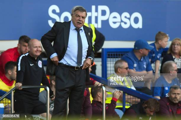 Everton's English manager Sam Allardyce gestures on the sidelines during the English Premier League football match between Everton and Southampton at...
