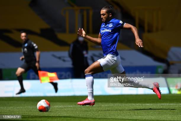 Everton's English striker Dominic Calvert-Lewin runs during the English Premier League football match between Wolverhampton Wanderers and Everton at...