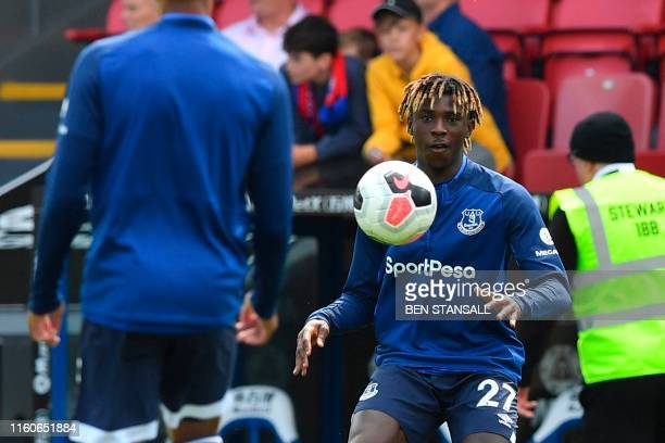 Everton's Italian midfielder Moise Kean warms up for the English Premier League football match between Crystal Palace and Everton at Selhurst Park in...
