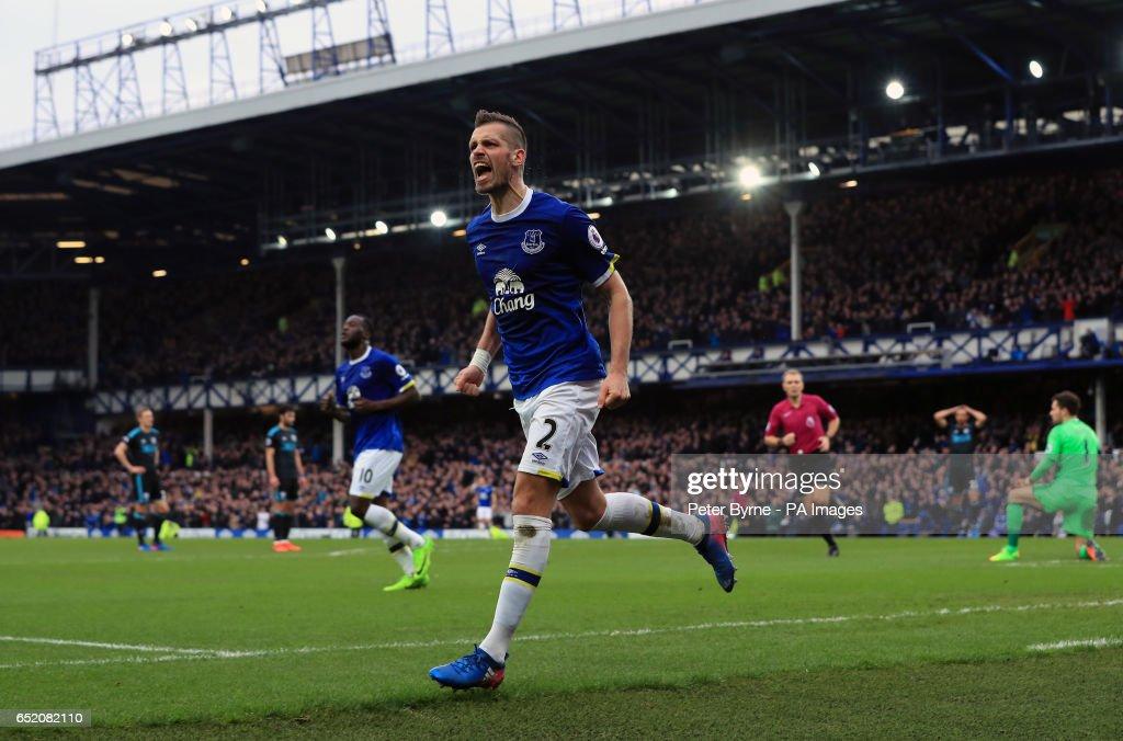 Everton v West Bromwich Albion - Premier League - Goodison Park : News Photo