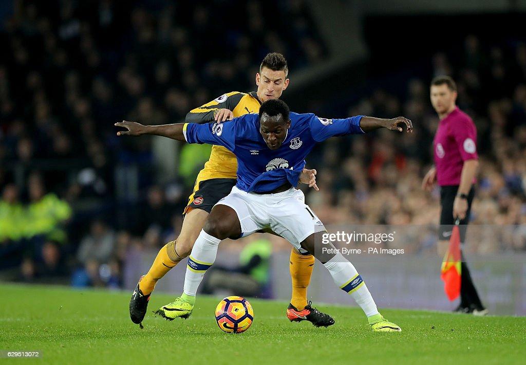 Everton v Arsenal - Premier League - Goodison Park : News Photo