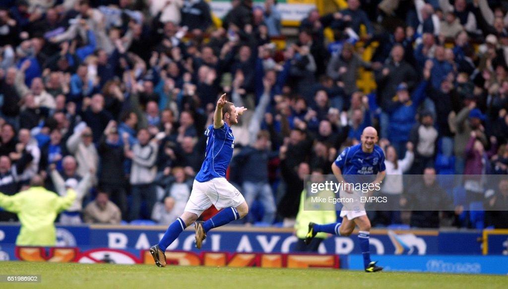 Soccer - FA Barclaycard Premiership - Everton v Arsenal : News Photo