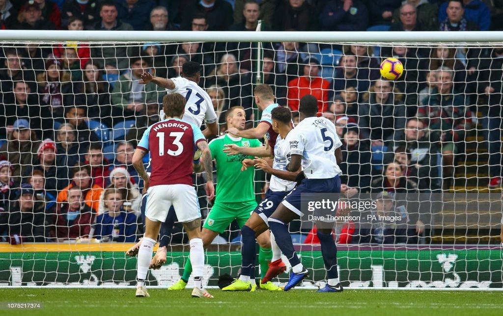 Burnley v Everton - Premier League - Turf Moor : News Photo