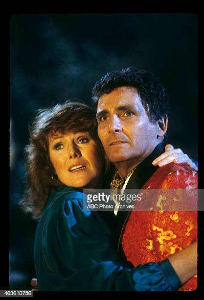 ISLAND Everybody Goes to Gilley's / Face of Fire Airdate November 20 1982 LYNN