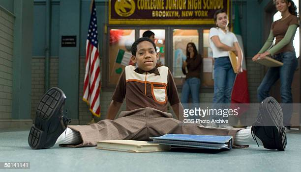 Everybody Hates Sausage Tyler James Williams plays Chris a teenager who struggles when bused for the firsttime to a predominantly white middle school...