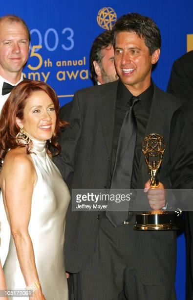 'Everybody Loves Raymond' cast members Patricia Heaton Ray Romano won for Best Comedy Series