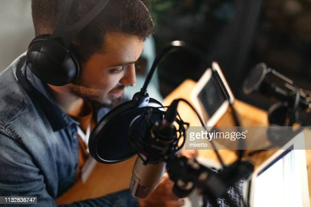 everybody's favourite presenter - radio stock pictures, royalty-free photos & images
