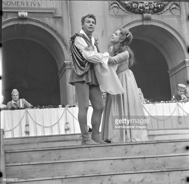 Everyman: Walther Reyer as Everyman and Nadja Tiller as Paramour. Salzburg Festival. Photography. 1968. [Jedermann: Walther Reyer als Jedermann und...
