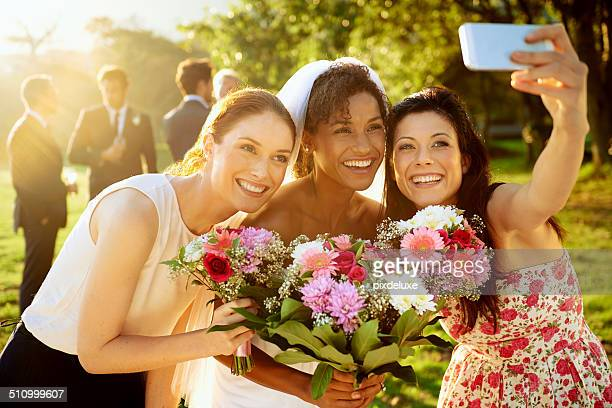 everything's better when you share it with friends - bridesmaid stock pictures, royalty-free photos & images