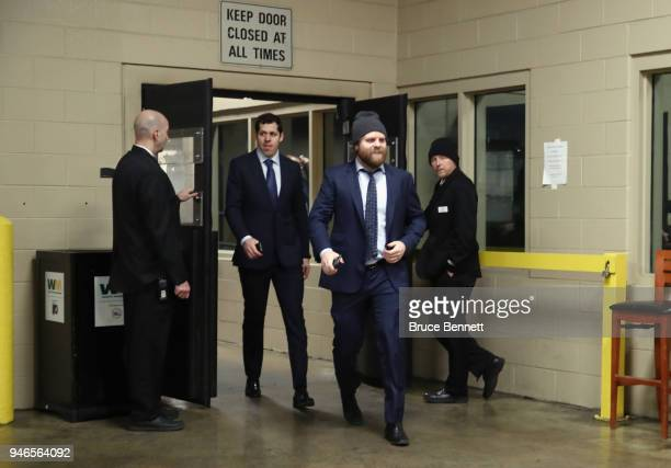 Evgeni Malkin and Phil Kessel of the Pittsburgh Penguins arrive to play against the Philadelphia Flyers in Game Three of the Eastern Conference First...
