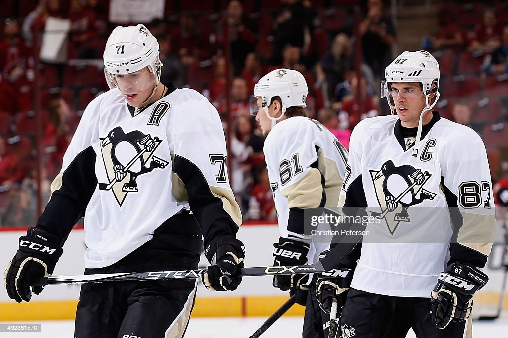 Pittsburgh Penguins v Arizona Coyotes : News Photo