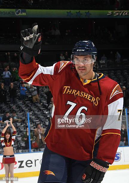 Evgeny Artyukhin of the Atlanta Thrashers acknowledges the crowd after being named 2nd star of the game against the New York Islanders at Philips...