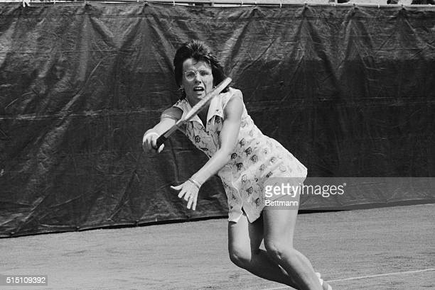 Evonne Goolagong and Billie Jean King showed winning ways at the U. S. Open Tennis Championships. Mrs. King launched her title defense by racing...