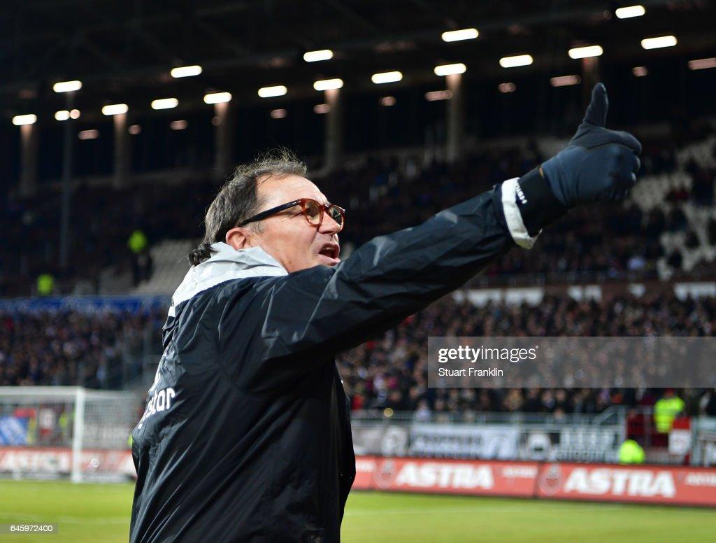 FC St. Pauli v Karlsruher SC - Second Bundesliga : News Photo