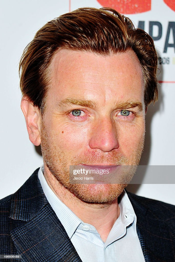 Ewan McGregor arrives at the 8th Annual GO Campaign Gala at Montage Beverly Hills on November 12, 2015 in Beverly Hills, California.