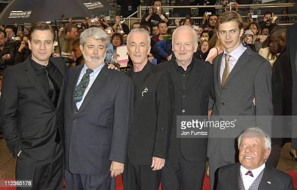 Ewan McGregor George Lucas Anthony Daniels Ian McDiarmid Hayden Christensen and Kenny Baker