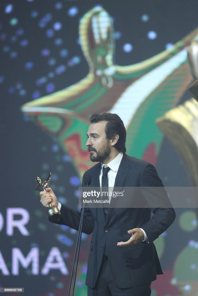 Ewen Leslie accepts the AACTA Award for Best Guest or Supporting Actor in a Television Drama during the 7th AACTA Awards Presented by Foxtel | Ceremony at The Star on December 6, 2017 in Sydney, Australia.
