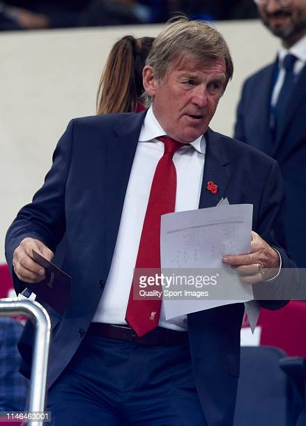 Ex former player of Liverpool Kenny Daglish during the UEFA Champions League Semi Final first leg match between Barcelona and Liverpool at the Nou...