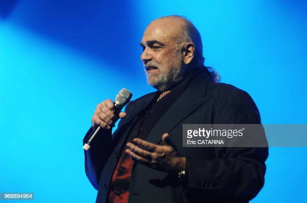 Ex Idols of the sixties on tour with this new musical showAge Tendre et Tete de Bois Demis Roussos