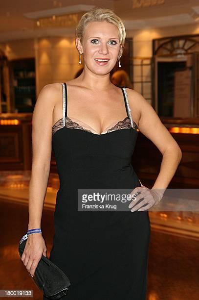 Ex Sportlerin Magdalena Brzeska Bei Der United People Charity Night2006 Zugunsten PowerChild Im Hotel Bayrischen Hof In München