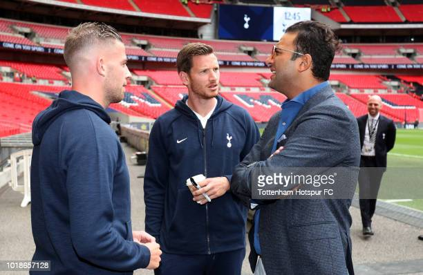 Ex Tottenham Hotspur player Mido talks with Jan Vertonghen and Toby Alderweireld of Tottenham Hotspur prior to the Premier League match between...
