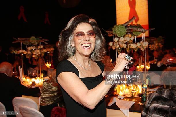 Ex Vouge Chefredakteurin Angelica Blechschmidt Bei Der 15 Festlichen Operngala Für Die Aids Stiftung In Der Deutschen Oper In Berlin Am 081108