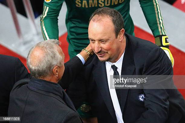 Ex-Ajax and Netherlands footballer Johan Cruyff congratulates Chelsea Interim Manager Rafael Benitez after the UEFA Europa League Final between SL...