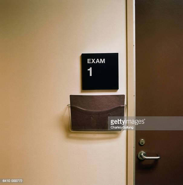 examination room sign - doctor's office stock pictures, royalty-free photos & images