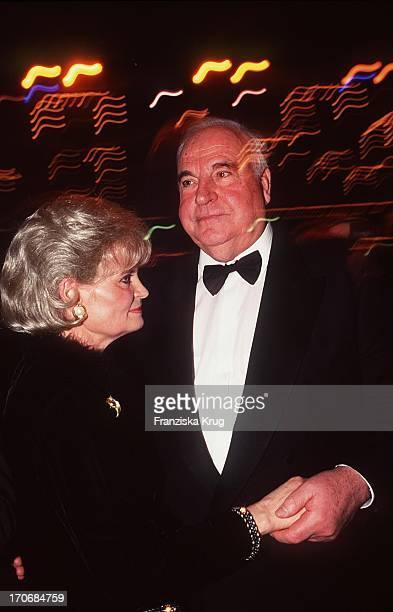 ExBundeskanzler Helmut Kohl Ehefrau Hannelore Beim Ball Des Sports