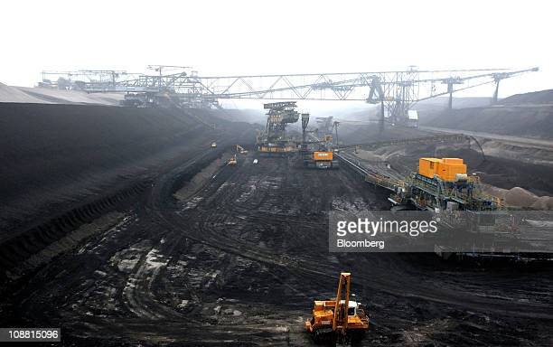 Excavation machinery that digs for lignite or brown coal sits at Vattenfall AB's Jaenschwalde open coal mine in Cottbus Germany on Thursday Feb 3...