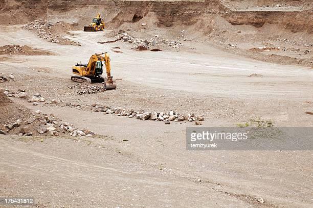 excavator と dozer - 吊り上げる ストックフォトと画像