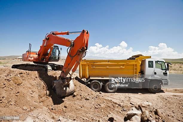 Excavator dumper-truck laden