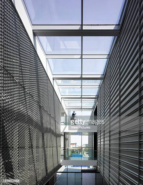 Excel Centre Royal Victoria Dock London E16 United Kingdom Architect Grimshaw Interior ViewBridged Corridor Clad In Stainless Steel