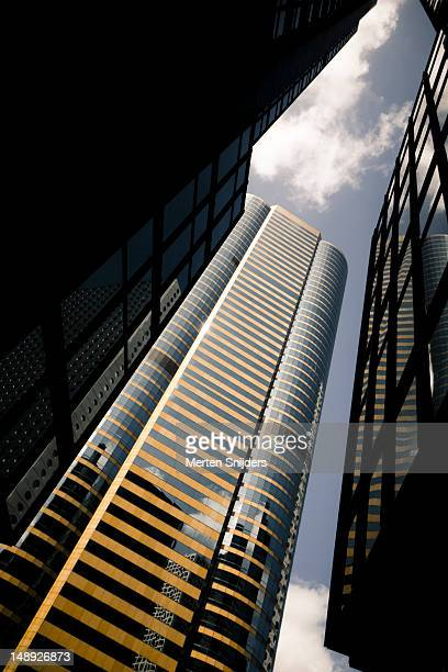exchange square block on connaught road, central. - merten snijders stockfoto's en -beelden