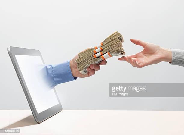 Exchanging money digitally
