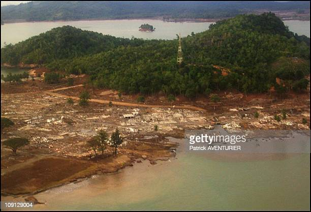 Exclusive Aceh The Day After The Earthquake And Tsunami Disaster On December 27 2004 In Aceh Indonesia Aerial View Of Teunom Destroyed At 100%