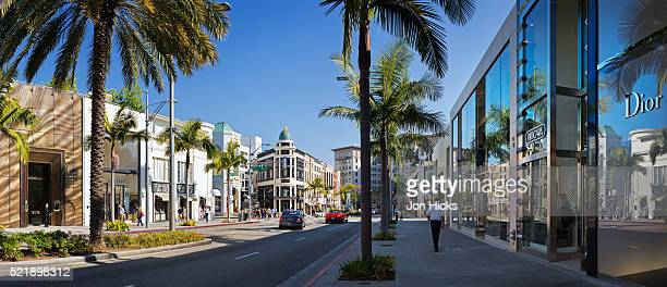 exclusive boutiques and shops on rodeo drive. - beverly hills - fotografias e filmes do acervo