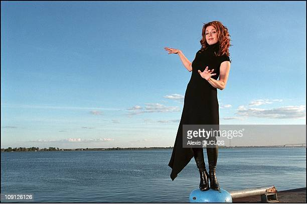 Exclusive Isabelle Boulay In Montreal On January 10Th 2001 In Montreal Canada