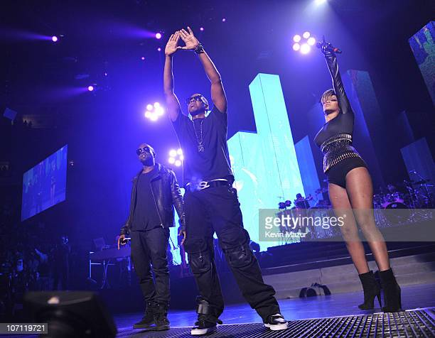 *Exclusive* Kanye West JayZ and Rihanna perform at Madison Square Garden on September 11 2009 in New York City