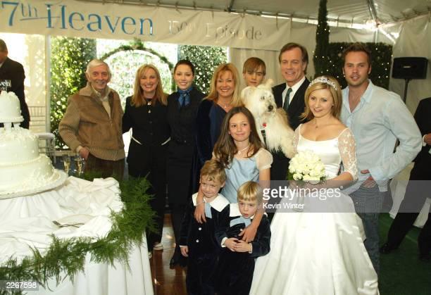 Exec prod Aaron Spelling and exec prod/creator Brenda Hampton with the family actors Jessica Biel Catherine Hicks David Gallagher Stephen Collins...