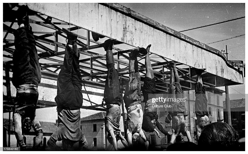 Execution of Mussolini and others : News Photo