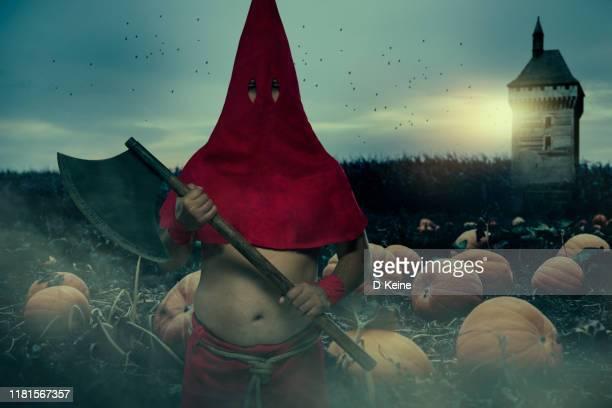 大きな斧を持つ死刑執行人 - ペナルティ ストックフォトと画像