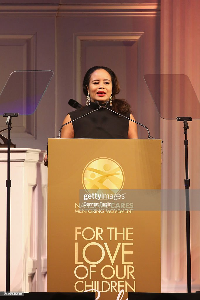 Executive Director at South Florida CARES Mentoring Movement, Tracey Robertson Carter speaks onstage during the 'For the Love Of Our Children Gala' hosted by the National CARES Mentoring Movement on January 25, 2016 in New York City.