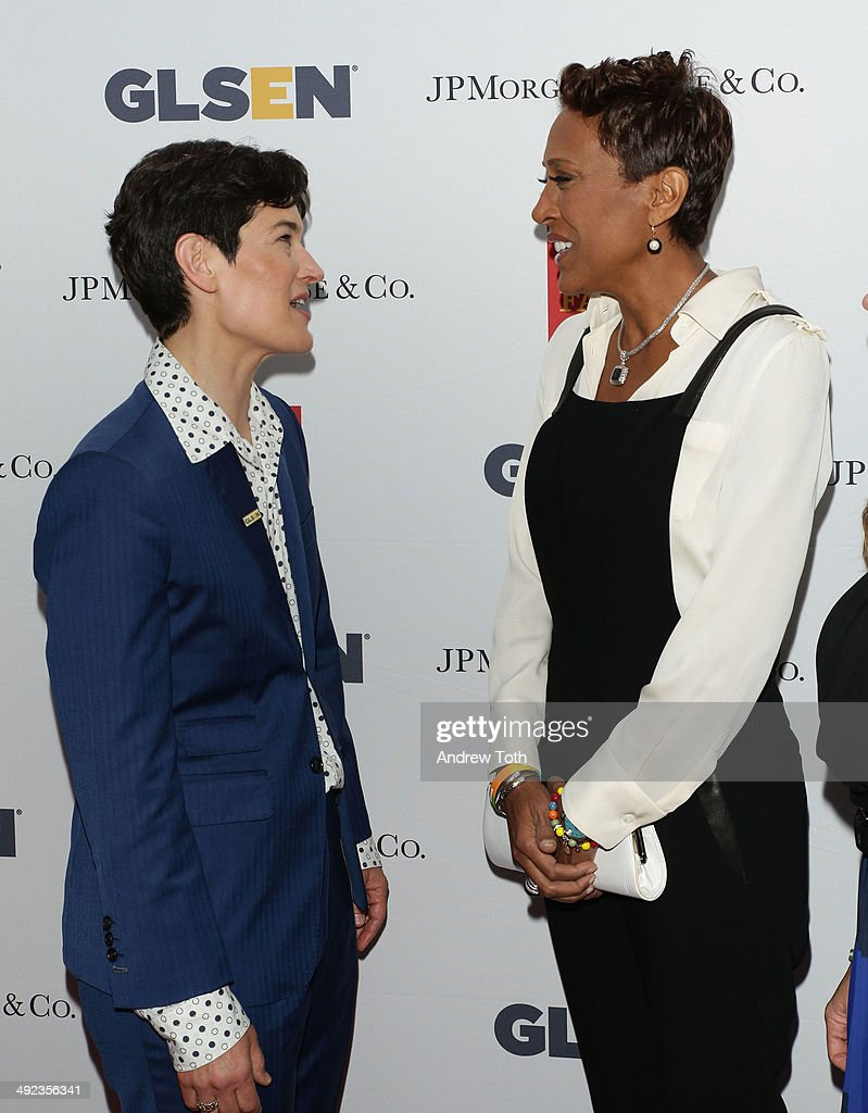 Executive Director of GLSEN Dr. Eliza Byard (L) and news anchor Robin Roberts attend 11th Annual GLSEN Respect awards at Gotham Hall on May 19, 2014 in New York City.