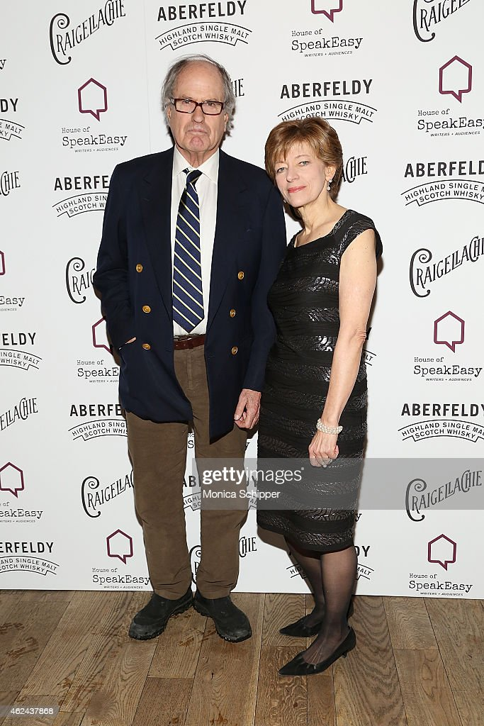 Executive Director of House of SpeakEasy, Amanda Vaill (R) attends the 2015 House Of SpeakEasy Gala at City Winery on January 28, 2015 in New York City.