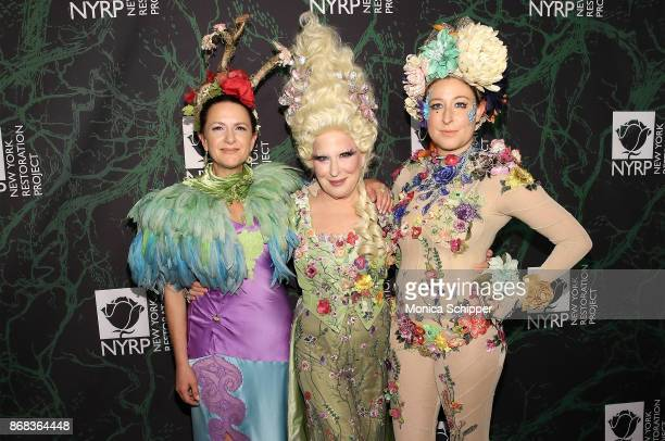 Executive Director of NYRP Deborah Marton Bette Midler and her daughter Sophie von Haselberg attend Bette Midler's 2017 Hulaween event benefiting the...