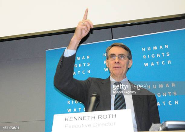 Executive Director von Human Rights Watch Kenneth Roth says Syrian regime commits war crime during the annual report 2014 of the human rights...