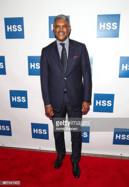Executive President New York Knicks Steve Mills attends The Hospital for Special Surgery 35th Tribute Dinner at the American Museum of Natural...